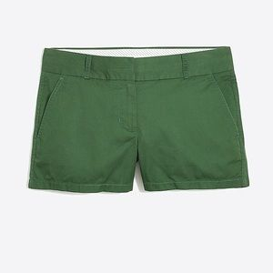 """J.CREW chino 3"""" shorts in army green, size 6"""
